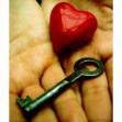neincredere-increderea-in-sine-dragoste